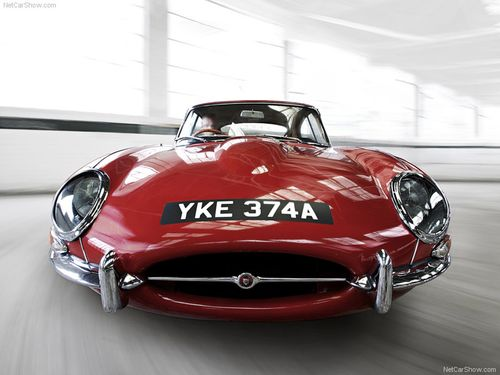 Jaguar-E-Type_1971_