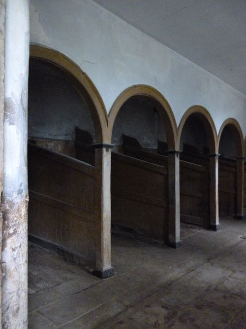 stables for heavy horses
