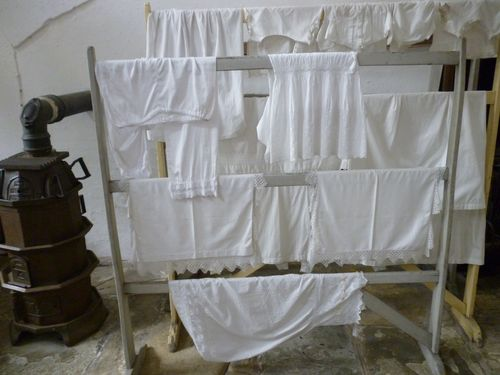 clothes on airer