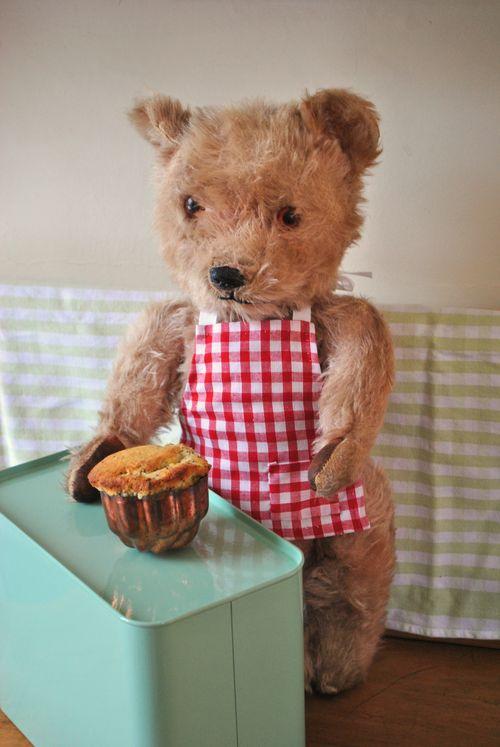Teddy with her bundt cake